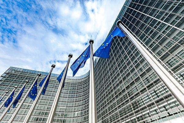 pârghie în opțiuni strategii de tranzacționare platformă bo verum opsn