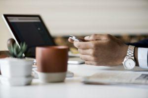 cum să câștigi bani pe Internet prin pariere model de tranzacționare a opțiunilor