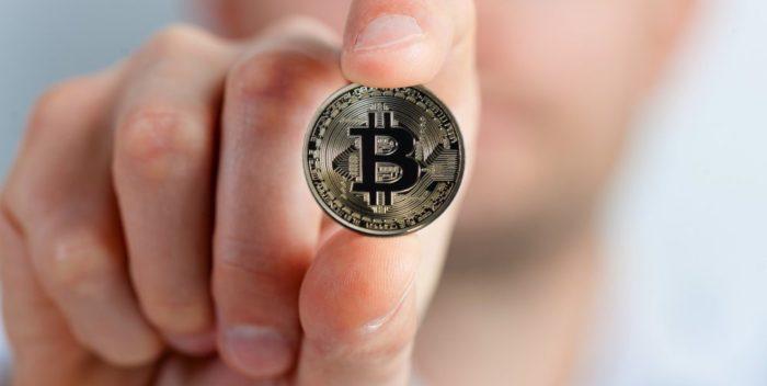 cum să faci bani acasă cu internetul ce afectează prețul opțiunii