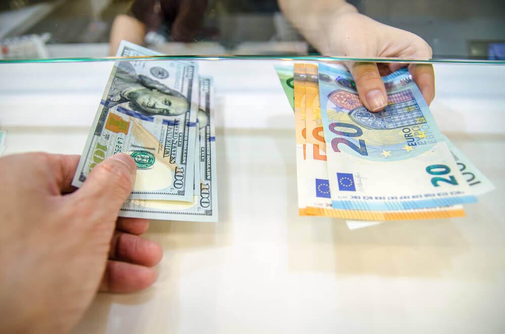 cum poți câștiga bani în viața reală opțiuni de partener