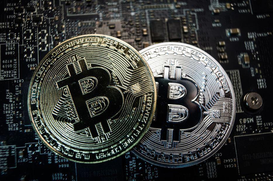 unde plătesc Bitcoins