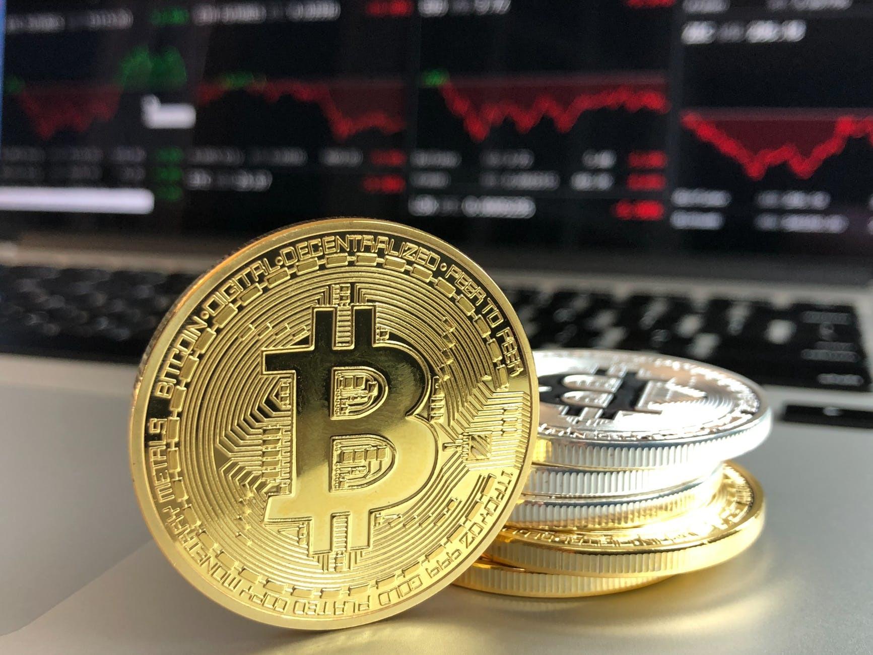Poți să faci bani cu Bitcoin?